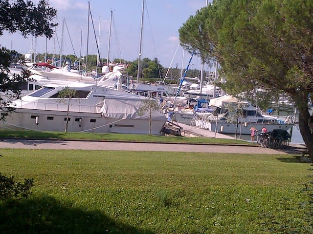 APP. FRONT HARBOUR NEAR LIGNANO