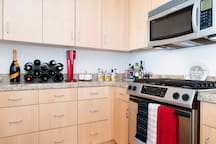 Full appliances and spices for guests
