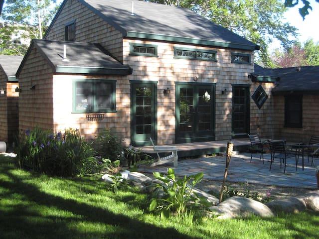 Charming 3 bedroom cottage