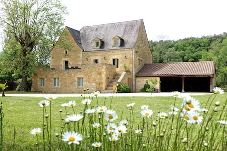 Moulin en pierre 10 pers proche Sarlat/ Stone mill - Carsac-Aillac