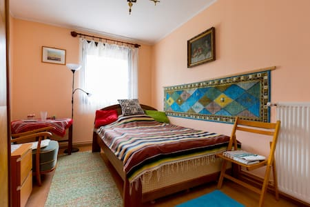Big Cosy Double Bedroom - Budapeşte