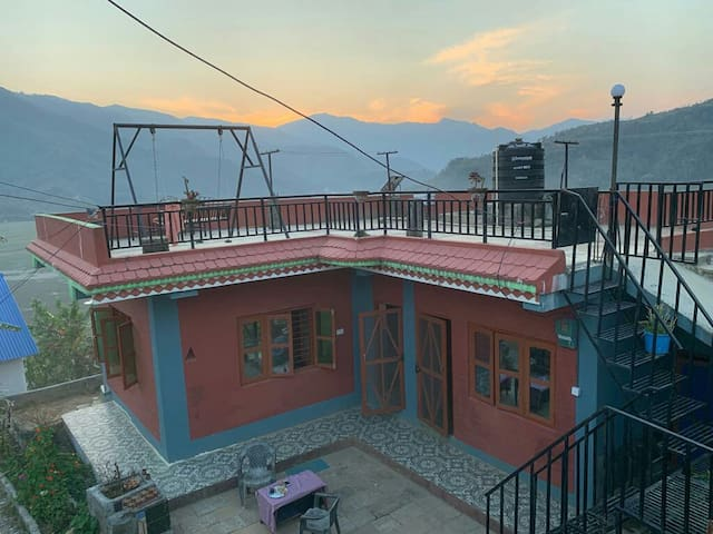 FAMILY HOLIDAY  HOUSE AND GARDEN IN POKHARA