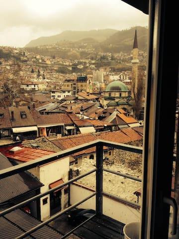 Entire  home 13€ per person - Sarajevo - Huis