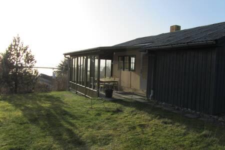 Lendrup Strand med udsigt  - Logstor - Cottage