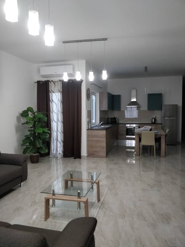 New Apartment in Mosta center