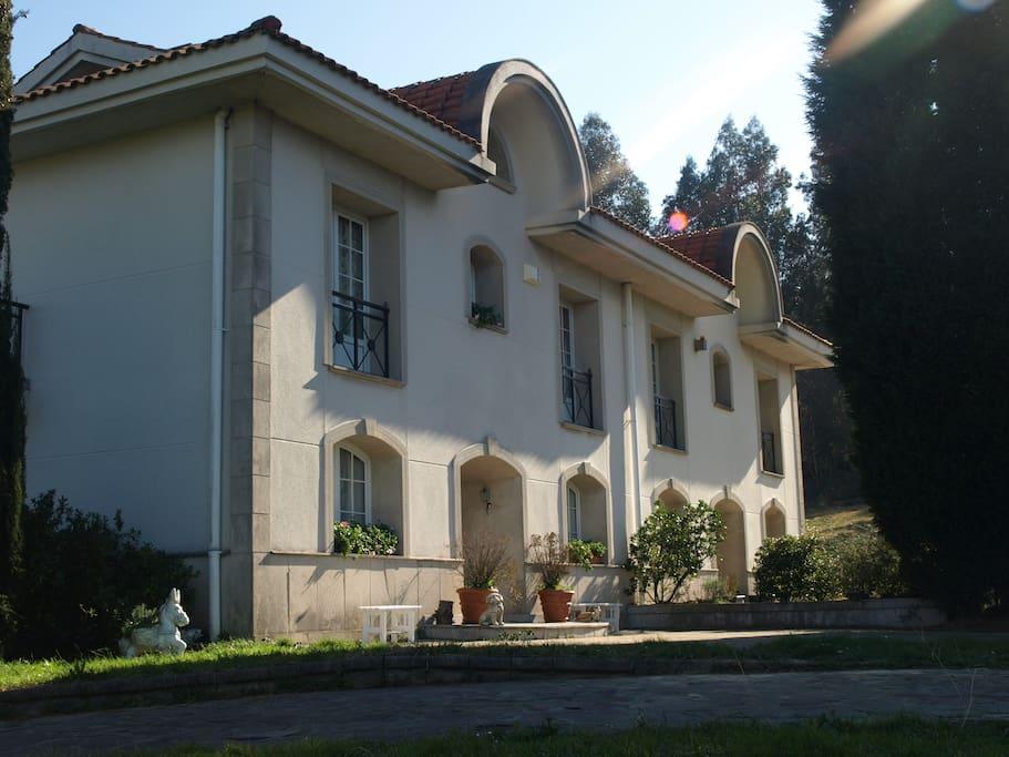 Lasaileku habitacion confortable 3 chambres d 39 h tes for Chambre d hote espagne