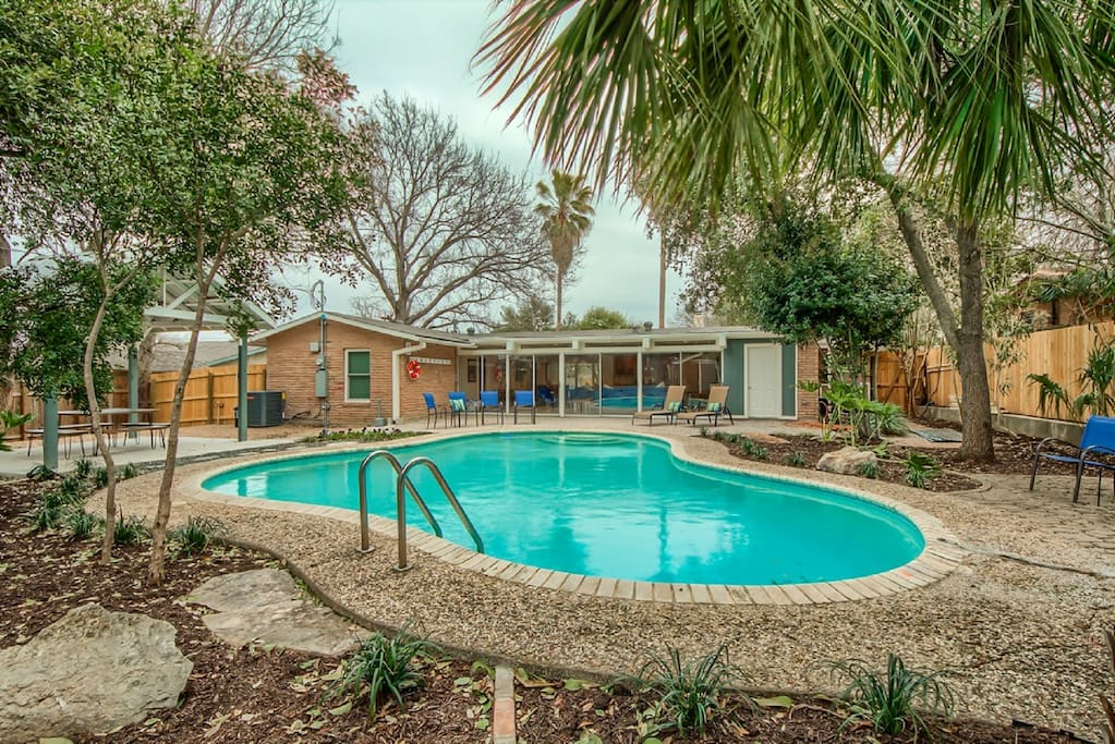 Mid Century Modern Home Newly Remodeled 2 17 Houses For
