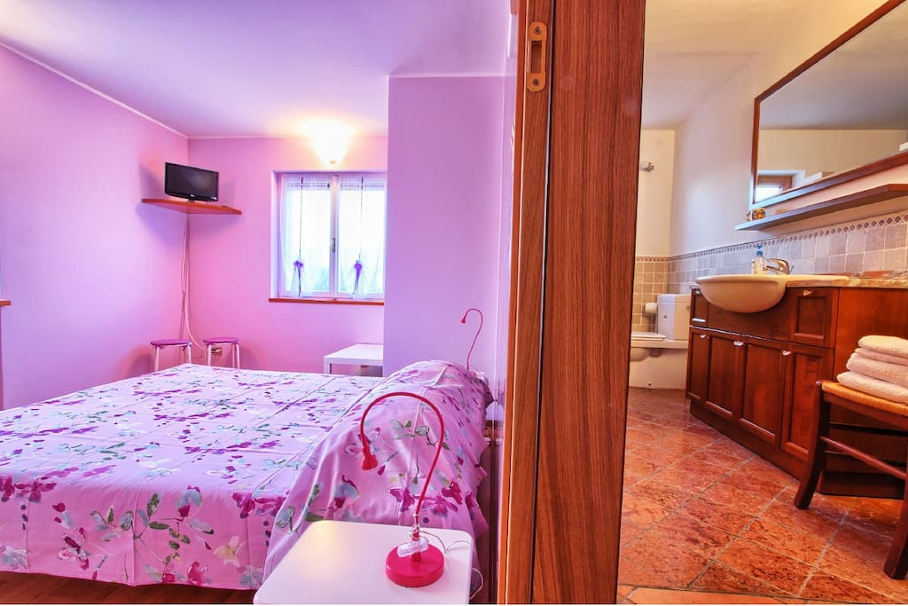 Double room chambres d 39 h tes louer buia frioul for Chambre d hote italie