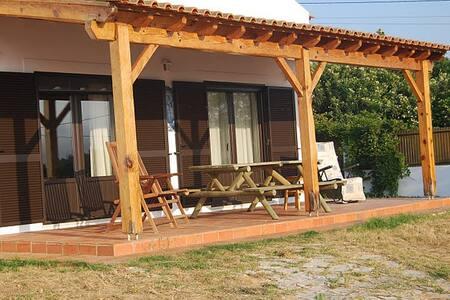casa da Lagoa de Óbidos (9 PAX) REGISTO 15504/AL - Óbidos Municipality - Huis