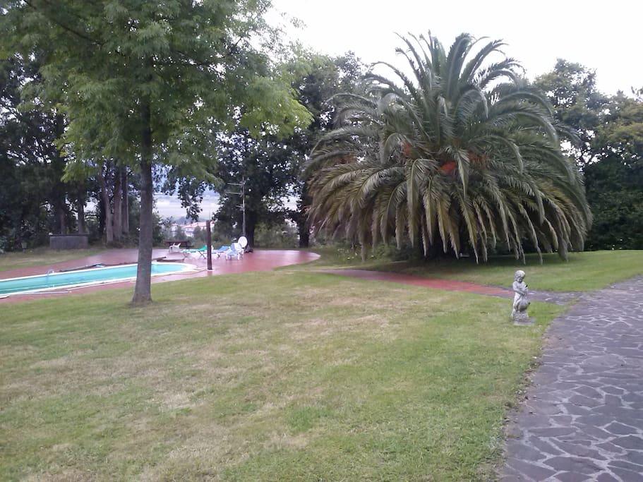 Lofta pie de jardin lofts for rent in bilbao basque for Jardines 4 bilbao