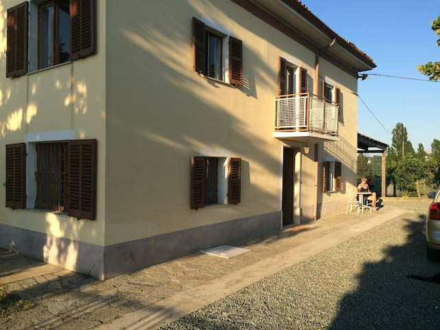 Charming House in Lovely Wine area - Nizza Monferrato