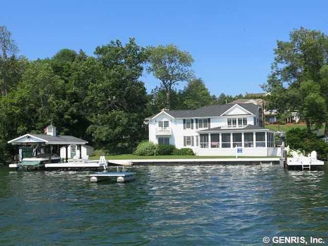 Luxurious Canandaigua Lake House - Canandaigua