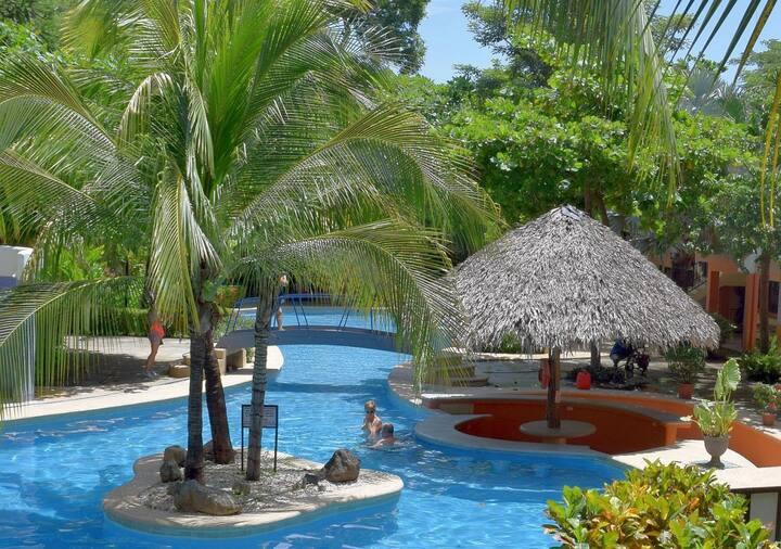 Cocomarindo Vacation, 2BR, upper floor (68)