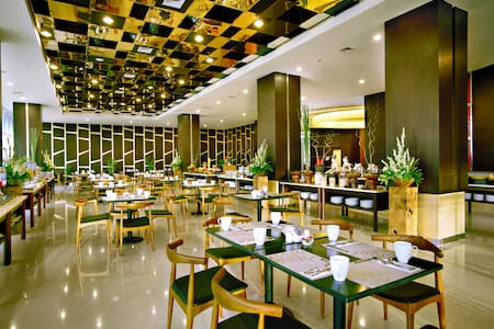 Atria Hotel and Conference - Magelang - Bed & Breakfast