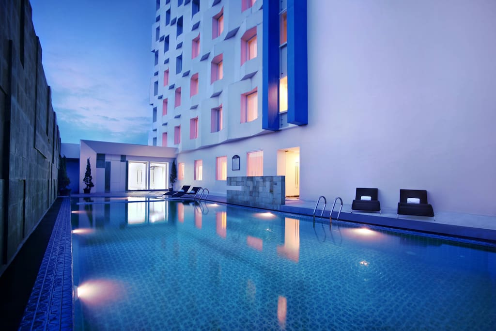 3rd fl, Swimming pool, The Gym and Massage located