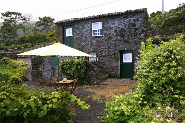 Casa da Adega, authentic Azores