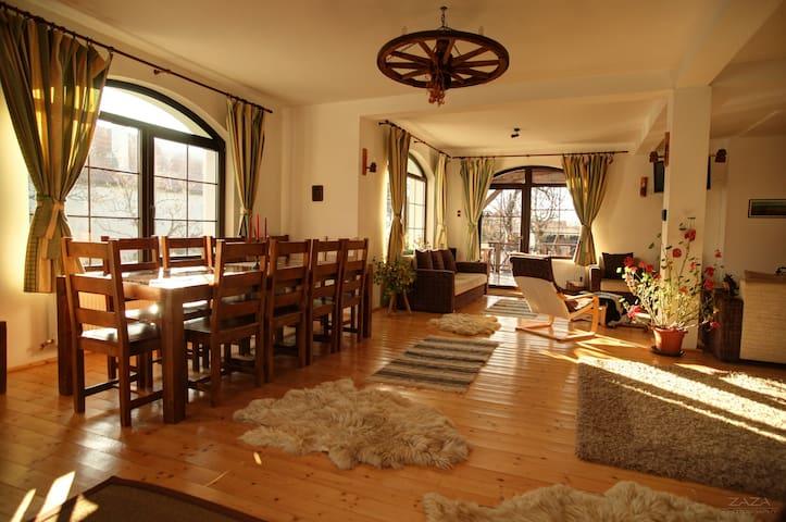 Cozy Transilvanian guesthouse