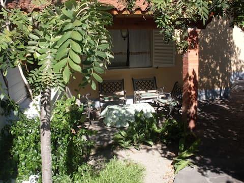 Appartamento Comfort 4pax Free WIFI CasaF Mazzella