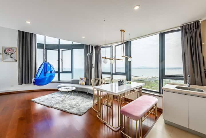 【丽一美】超大落地窗投影泡泡椅2室海景loft