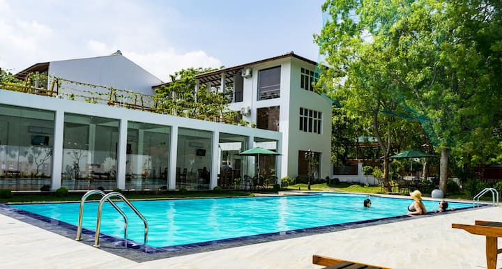 Triple room 8 with Pool @ Yala Park/Katharagama