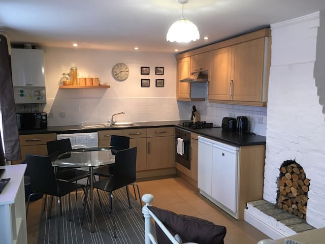 Cambridge Economy Water House - Waterbeach - Apartment