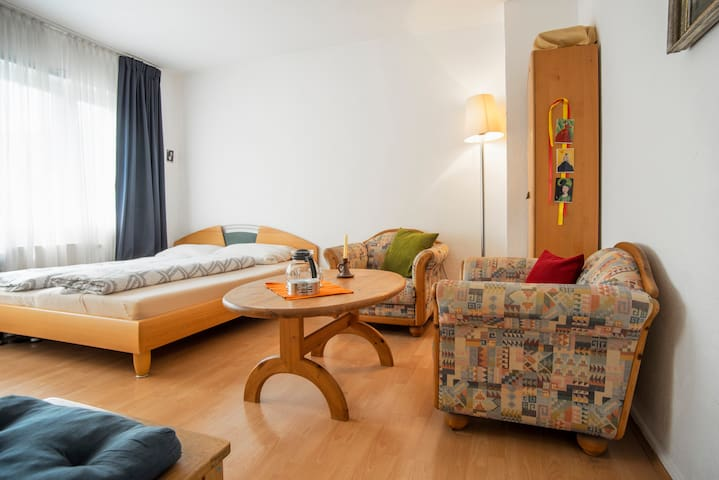 central place & parking free - Cologne - Condominium