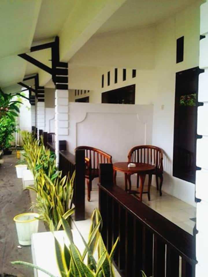 Gili Guest House (standar 02)