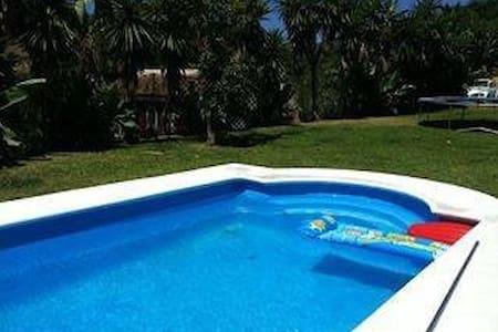 Villa & pool 15 min P. Banus - Estepona