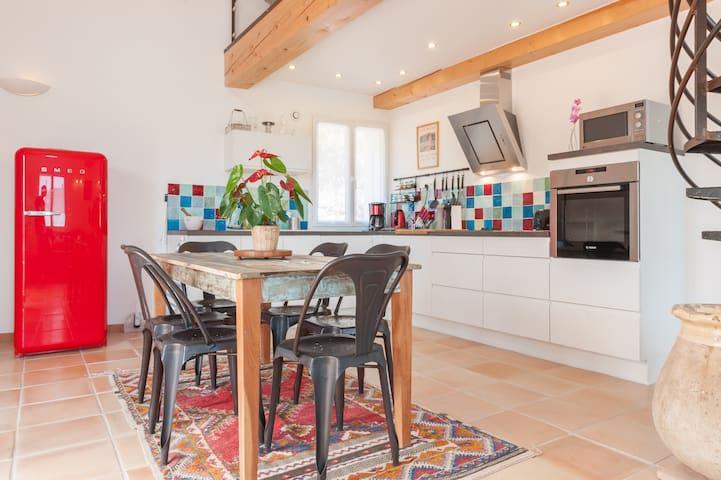 Maison de charme en Provence - Carnoules - House
