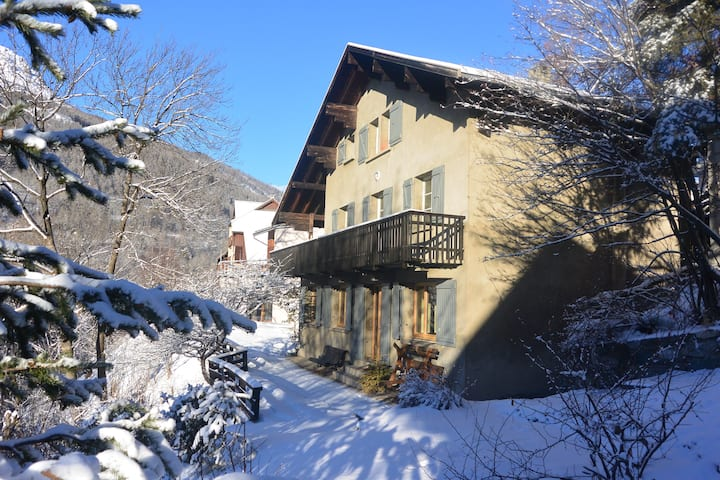 Big family chalet in Briançon