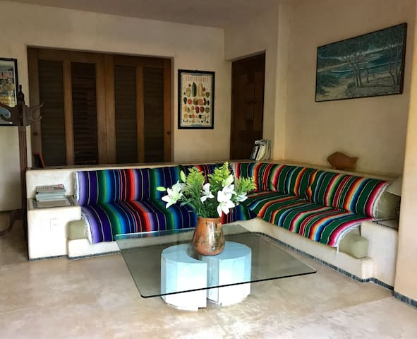Whole Apartment @ Las Maravillas with Pool Access