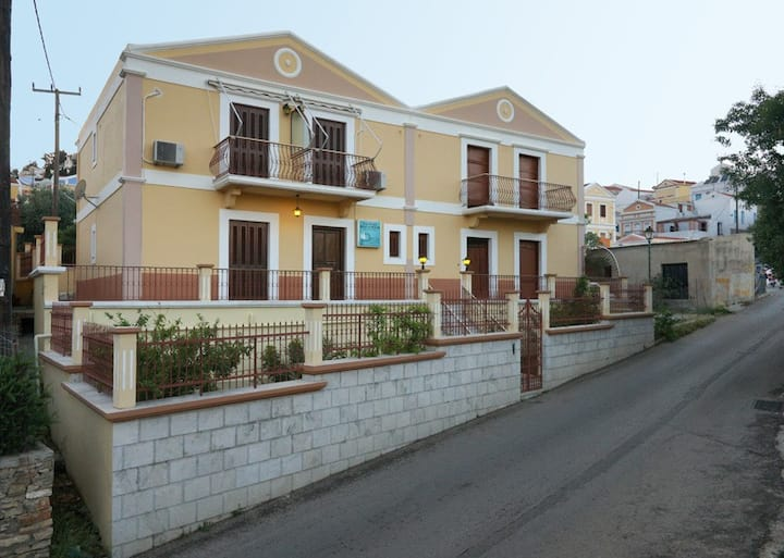 Villa Pinotsi (Entire Villa)