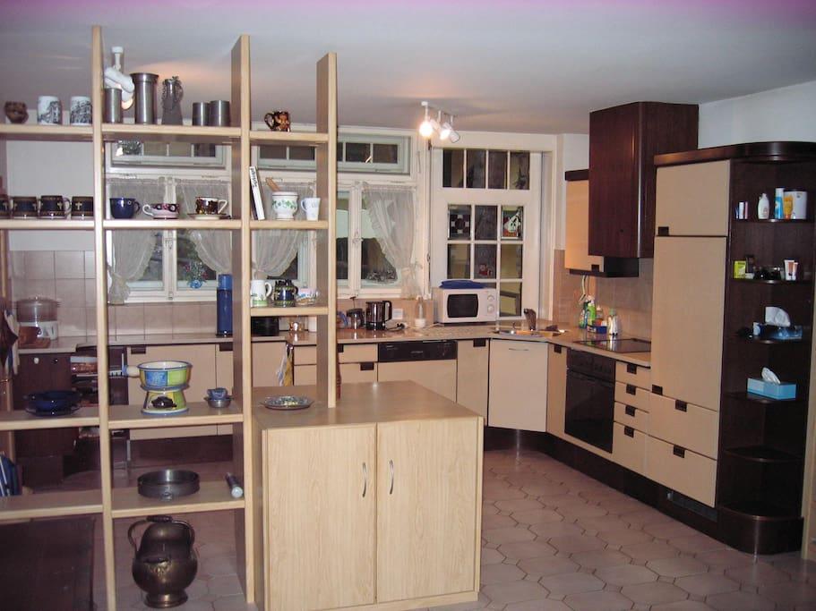 grosszügige Küche mit allem Komfort