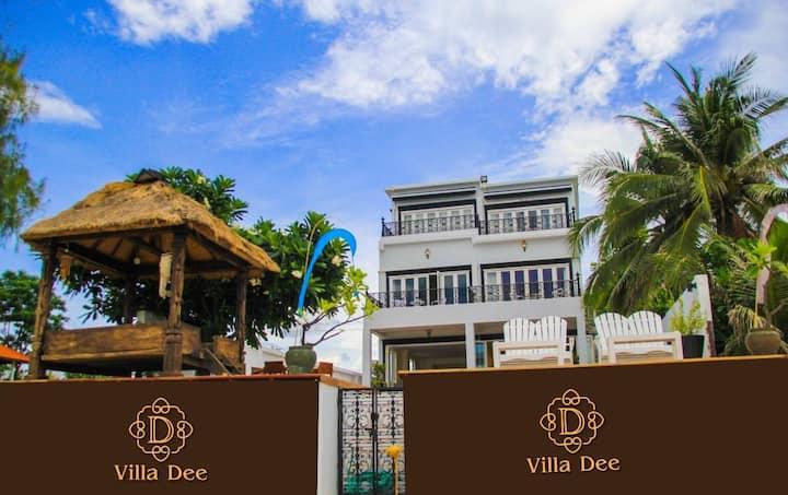 Villa Dee