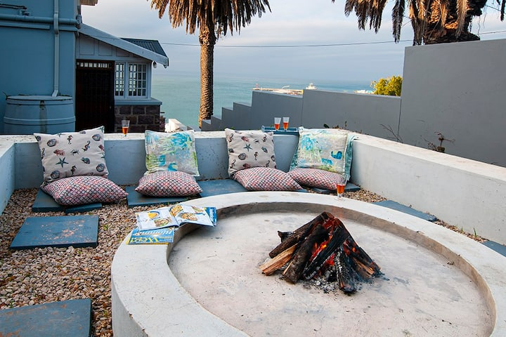 Garden Route Manor house on beachfront-Mosselbay