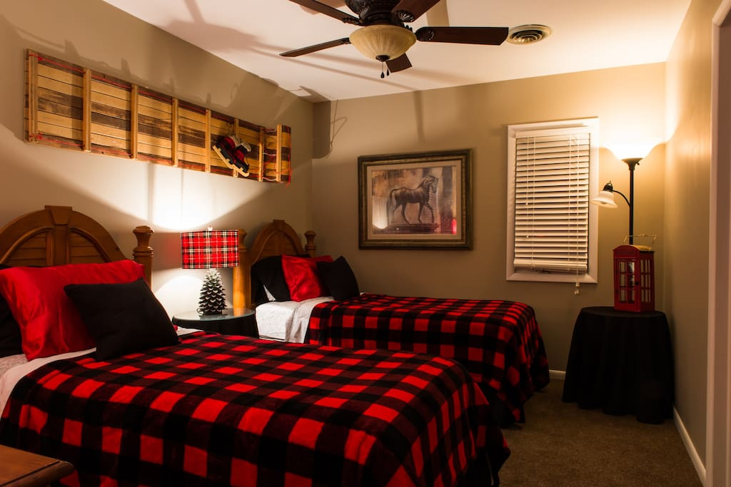 Bedroom with 2 Twin beds & attached bath