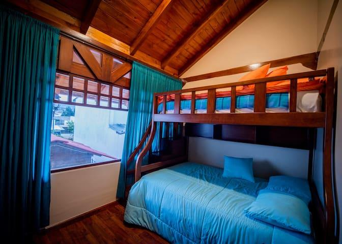 Triple Room -Latacunga