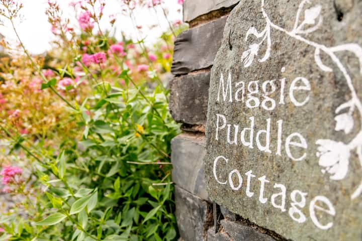Maggie Puddle Cottage - River View
