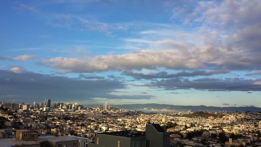 Quiet Getaway with Beautiful Views - San Francisco - Apartment