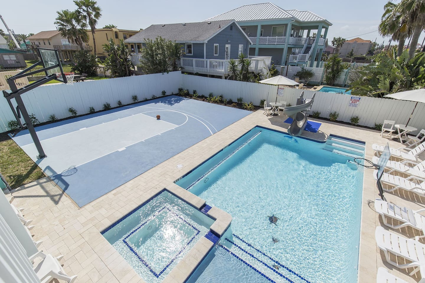 Beach View/Largest Heated Pool in SPI (SFH)/Hot Tub/Twister Slide ...