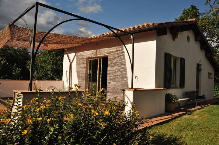 """1 BR Cozy cottage """"I tre ciliegi"""""""