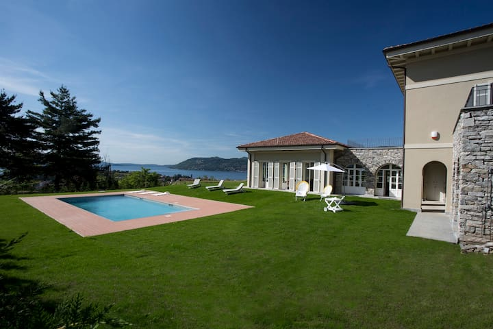 Exclusive villa over looking Lake Maggiore - Verbania - Villa