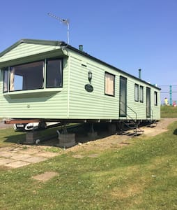 Crimdon dean 3 bedroom  caravn for rent