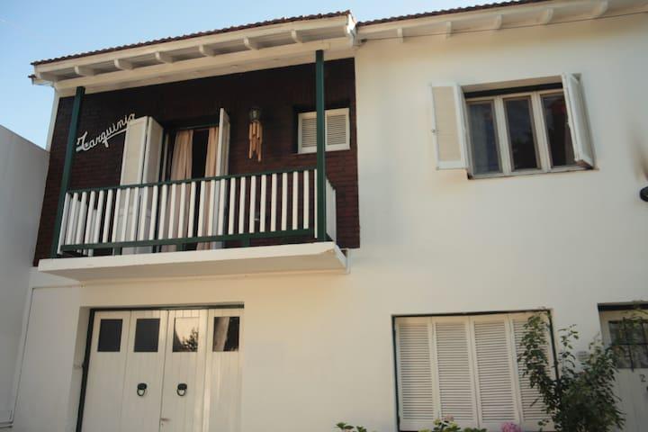 Tarquinio Casa de Familia - Tigre - Haus