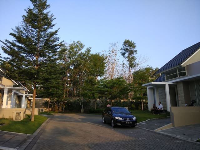 Mutiara Guesthouse, cozy & comfortable house