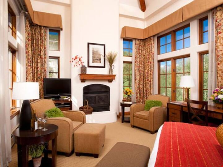 Luxury Room + Valley Views & Fireplace | Access Pool, Hot Tub, & Gym!
