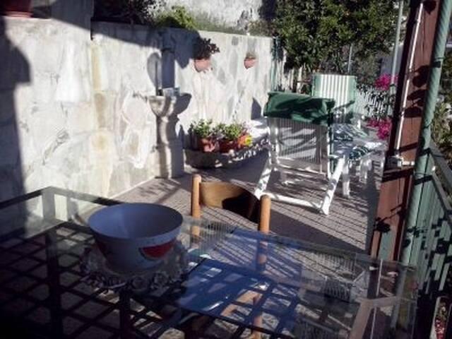 Casa panoramica con terrazzo. - Sanremo - Rumah