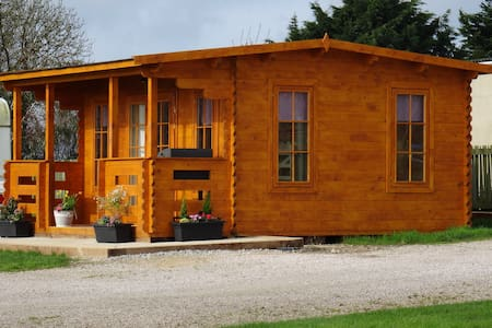 Woodview Campsite Camping Cabins
