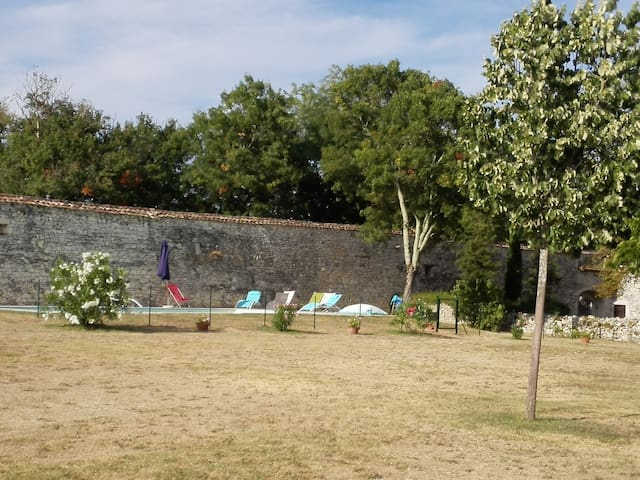 Grande maison de campagne - Lacaussade - Talo