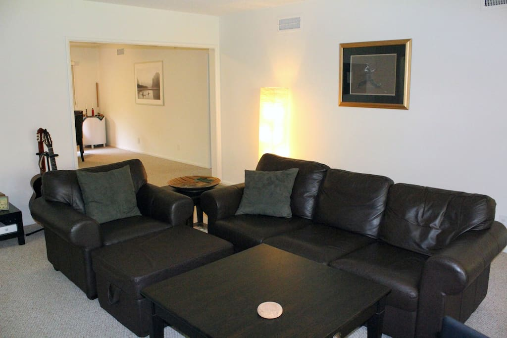 Private Room in Glendale Oasis!